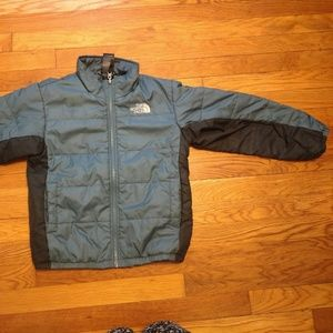 North face Youth S(7/8) Blue Puffer Jacket